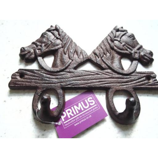 Primus 2 horse head coat hook